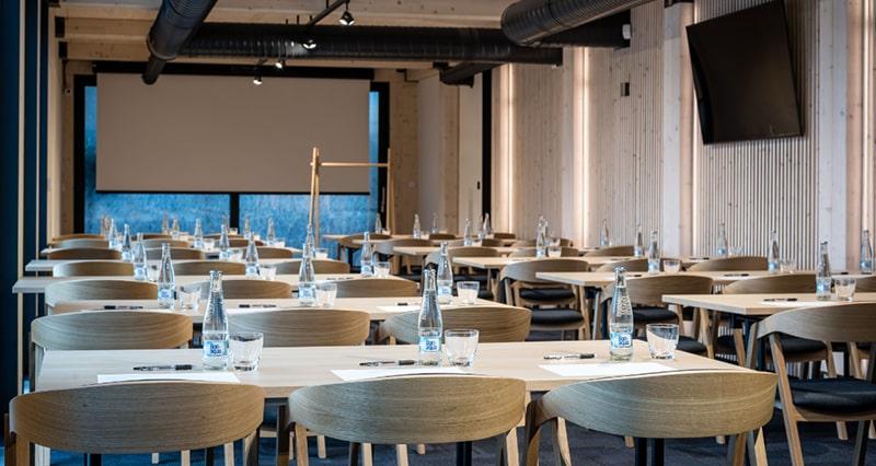 Why organize a teambuilding or congress in Demänová resort?